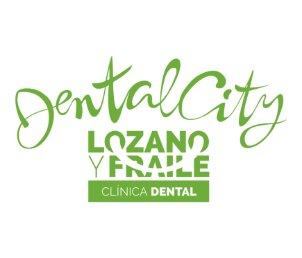 LOGO DENTAL CITY